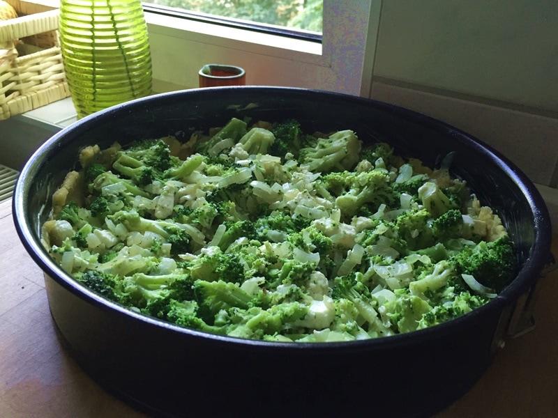 brokkoli-auf-teig
