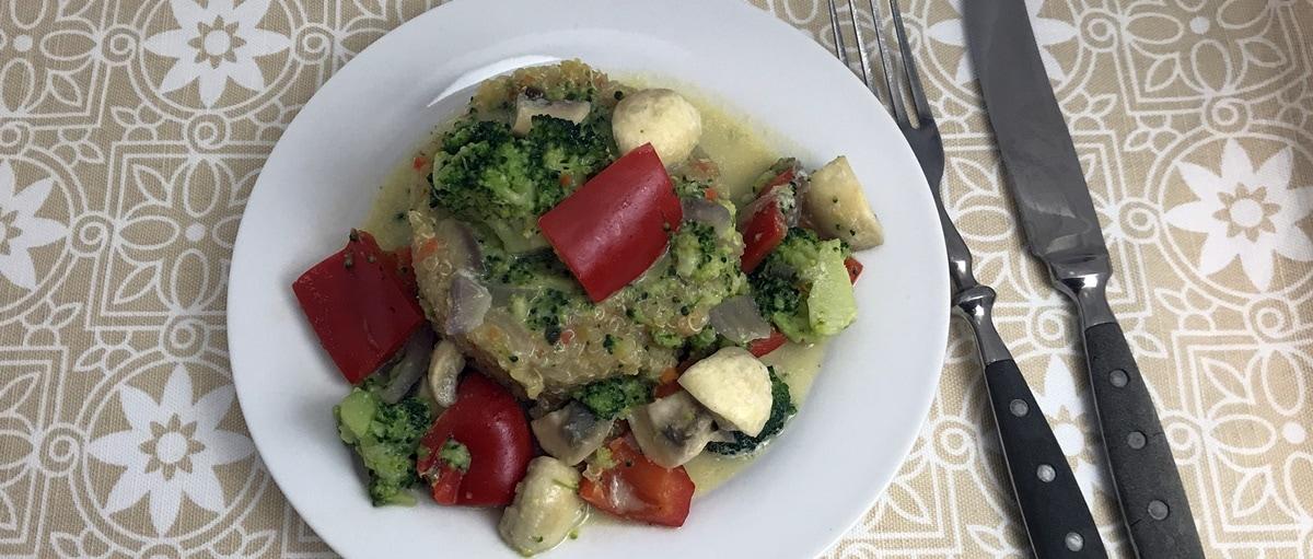 Beitragsbild Buntes Gemüse mit Quinoa