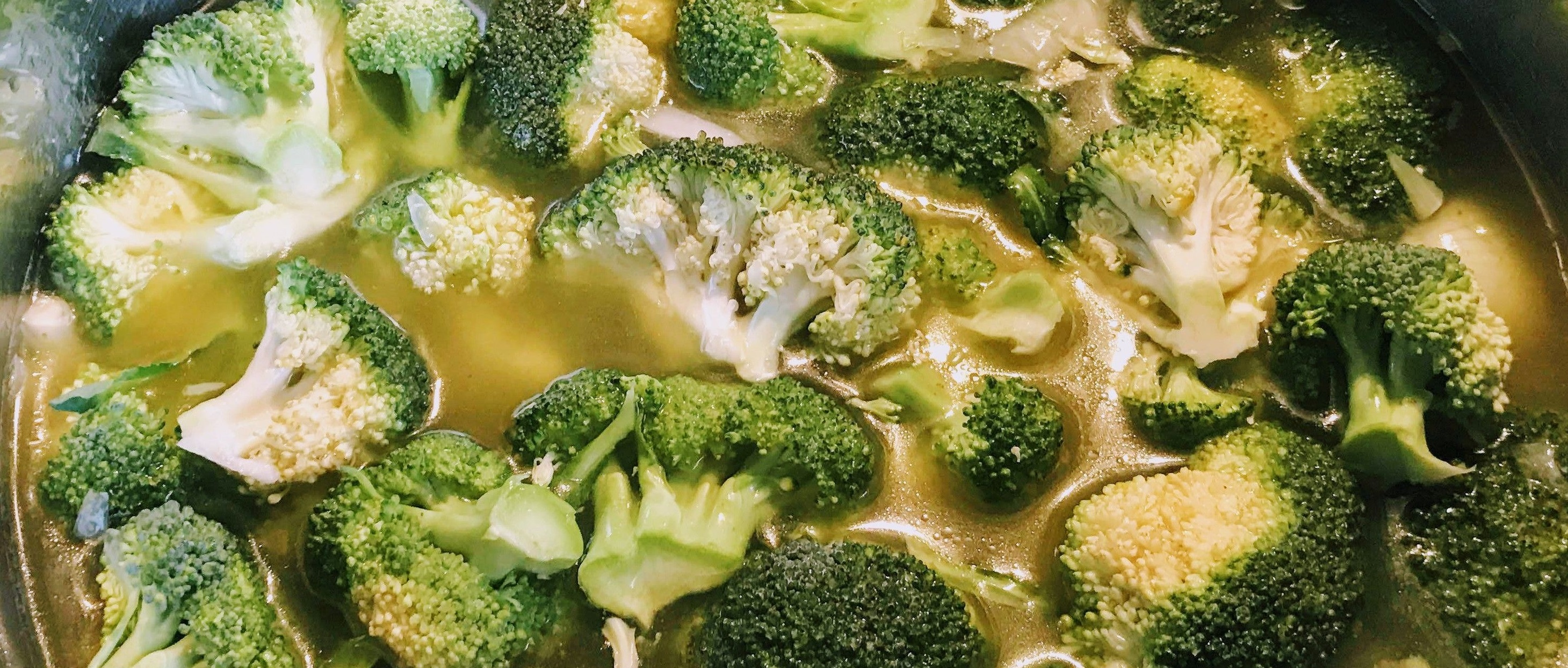 Beitragsbild Brokkoli-Cremesuppe