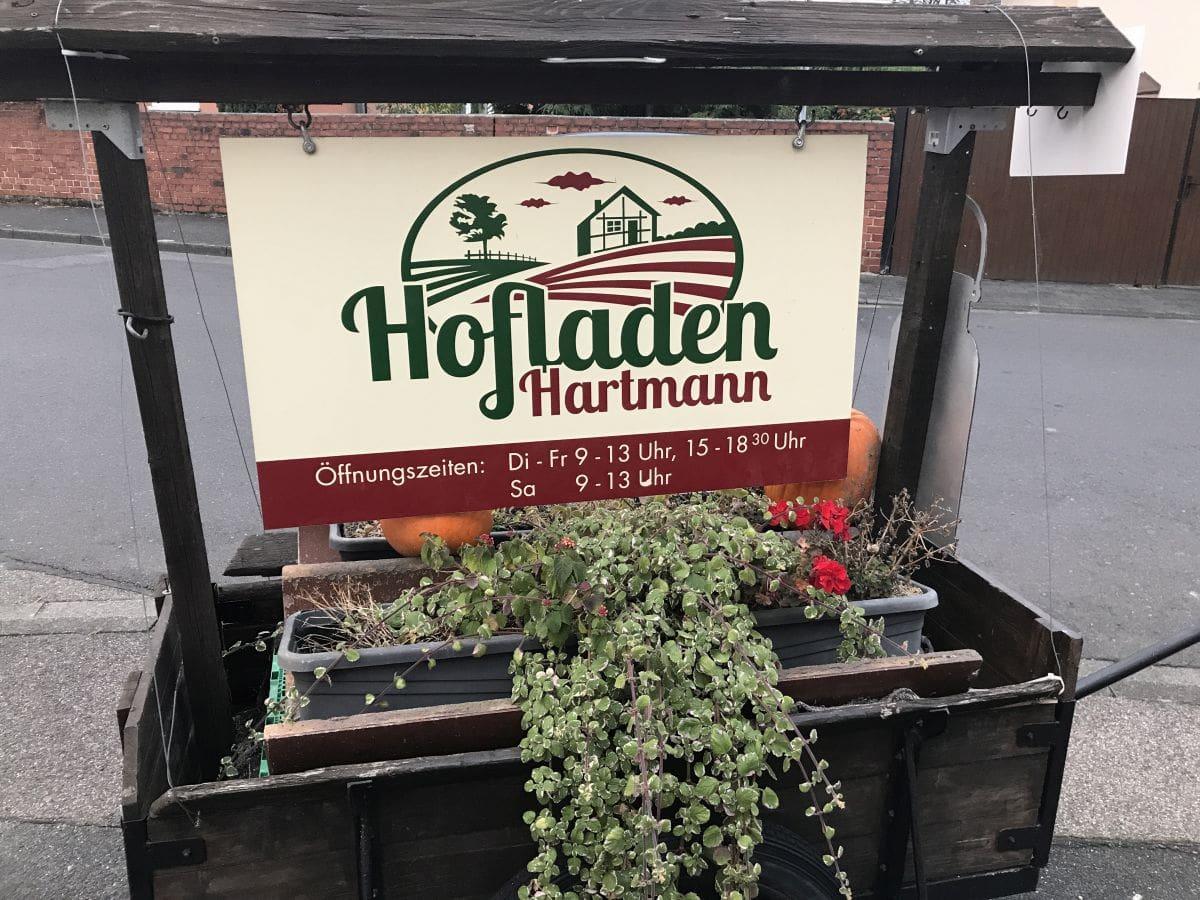 Hinweisschild Hofladen