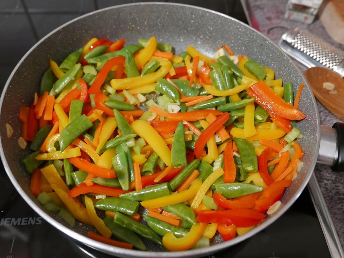 Gemüse für Paella